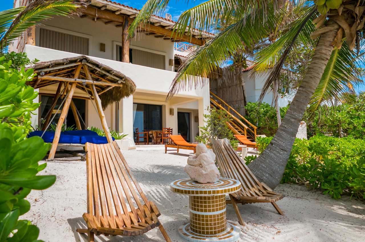 Akumal Sunrise, Beach front villa in South Akumal. Paradise awaits.