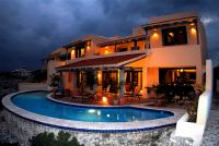 Villa Solymar. Full night view